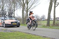 WIELRENNEN: HEERENVEEN: 04-04-2018, eerste etappe van de Healthy Ageing Tour in Heerenveen, een tijdrit over 8 kilometer, winnares Anna van der Breggen, ©foto Martin de Jong