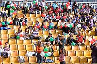 SÃO PAULO, SP, 10 DE JUNHO DE 2012 - FINAL DA COPA DO BRASIL DE FUTEBOL FEMININO: Torcida durante partida São José E.C. x Centro Olimpico, válida pela Final da Copa do Brasil de Futebol Feminino em jogo realizado na manhã deste <br /> <br /> domingo (10) no Estádio do Pacaembú. FOTO: LEVI BIANCO - BRAZIL PHOTO PRESS