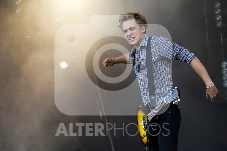 MADRID (06/06/2010).- British band Mcfly perform during concert at Rock in Rio in Madrid. Tom Fletcher...Photo: Cesar Cebolla / ALFAQUI