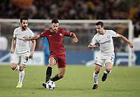 Football Soccer: UEFA Champions League AS Roma vs Chelsea Stadio Olimpico Rome, Italy, October 31, 2017. <br /> Roma's Kevin Strootman (c) in action with Chelsea's Cesc Fabregas (l) and Cesar Azpillicueta (r) during the Uefa Champions League football soccer match between AS Roma and Chelsea at Rome's Olympic stadium, October 31, 2017.<br /> UPDATE IMAGES PRESS/Isabella Bonotto