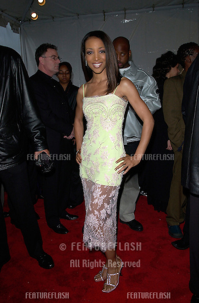 TV presenter SHAUN ROBINSON at the 15th Annual Soul Train Music Awards in Los Angeles..28FEB2001.  © Paul Smith/Featureflash