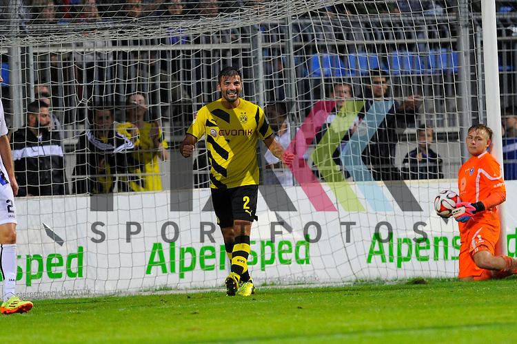Torjubel vom Torschuetze Dortmunds Ufuk Oezbek zum 0:4 im Spiel SV Waldhof Mannheim - Borussia Dortmund.<br /> <br /> Foto &copy; P-I-X.org *** Foto ist honorarpflichtig! *** Auf Anfrage in hoeherer Qualitaet/Aufloesung. Belegexemplar erbeten. Veroeffentlichung ausschliesslich fuer journalistisch-publizistische Zwecke. For editorial use only.