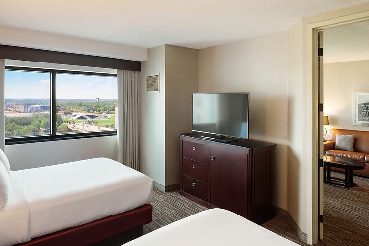 DoubleTree Suites by Hilton Hotel Columbus Downtown | Hilton Hotels