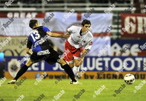 2010-08-25 / Voetbal / seizoen 2010-2011 / R. Antwerp FC - Rupel-Boom / De Smedt (L, Boom) met De Vriese..Foto: Mpics