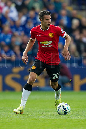 21.09.2014.  Leicester, England. Barclays Premier League. Leicester City versus Manchester United. Robin van Persie (Manchester United) on the ball.