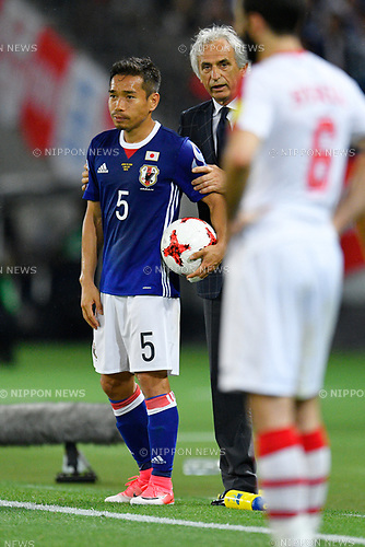(L-R) Yuto Nagatomo,   Vahid Halilhodzic (JPN), <br /> JUNE 7, 2017 - Football / Soccer : <br /> KIRIN Challenge Cup 2017 match <br /> between Japan 1-1 Syria <br /> at Ajinomoto Stadium in Tokyo, Japan. <br /> (Photo by AFLO)