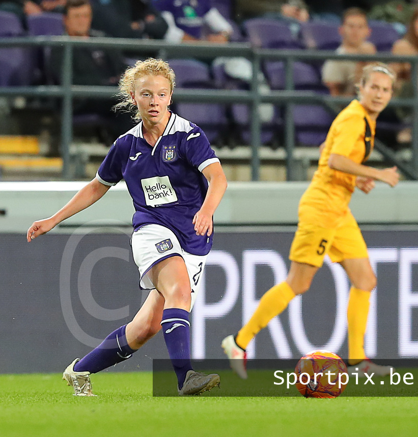 20190912 - Anderlecht , BELGIUM : Anderlecht's Charlotte Tison is pictured during the female soccer game between the Belgian Royal Sporting Club Anderlecht Dames  and BIIK Kazygurt from Shymkent in Kazachstan, this is the first leg in the round of 32 of the UEFA Women's Champions League season 2019-20120, Thursday 12 th September 2019 at the Lotto Park in Anderlecht , Belgium. PHOTO SPORTPIX.BE | SEVIL OKTEM