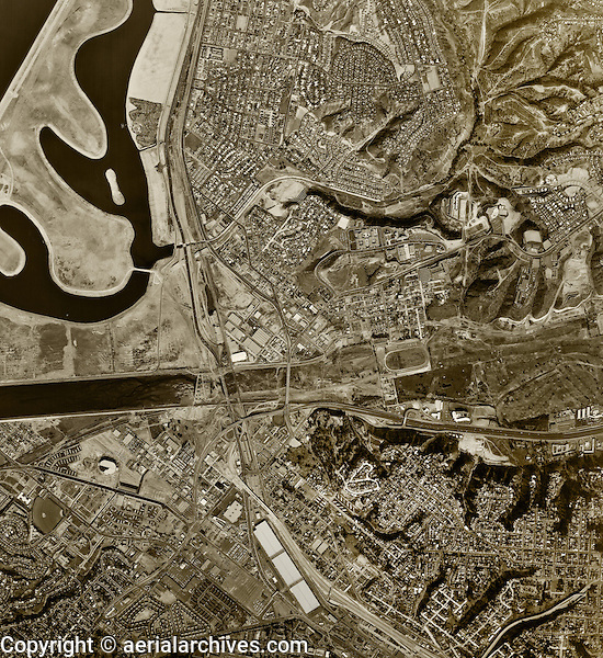 historical aerial photograph University of San Diego, California, 1966