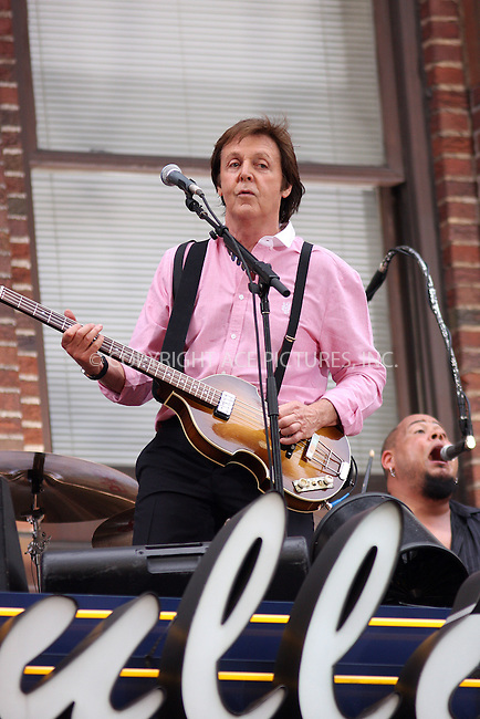 WWW.ACEPIXS.COM . . . . .  ....July 15 2009, New York City....Musician Paul McCartney performed on the awning of the Ed Sullivan Theatre for the 'Late Show with David Letterman' on July 15 2009 in New York City....Please byline: AJ SOKALNER - ACE PICTURES.... *** ***..Ace Pictures, Inc:  ..tel: (212) 243 8787 or (646) 769 0430..e-mail: info@acepixs.com..web: http://www.acepixs.com