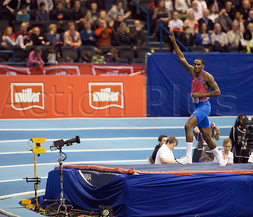 February 18th 2017,  Birmingham, Midlands, England; IAAF The Müller Indoor Grand Prix Athletics meeting; Erik Kynard (USA) thanks the supporters after winning the final of the Men's High Jump