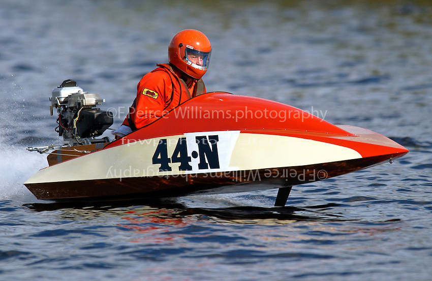 44-N     (Outboard Runabout)