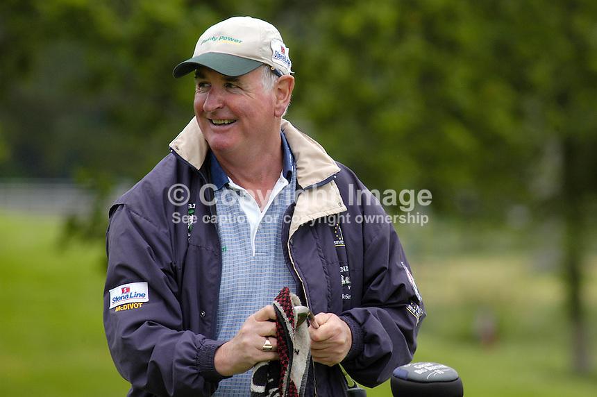 David Noble golf caddy Greystones Ireland 2005   Victor Patterson