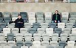 Stockholm 2015-03-14 Bandy Bronsmatch Hammarby IF - Villa Lidk&ouml;ping BK :  <br /> Publik och tomma stolar i Tele2 Arena under matchen mellan Hammarby IF och Villa Lidk&ouml;ping BK <br /> (Foto: Kenta J&ouml;nsson) Nyckelord:  Tele2 Arena SM Brons Bronsmatch Tredjepris herr herrar Hammarby HIF Bajen Villa Lidk&ouml;ping VLBK supporter fans publik supporters tom tomma l&auml;ktare inomhus interi&ouml;r interior