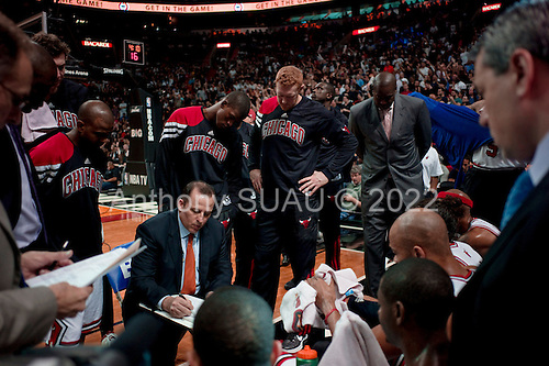 Miami, Florida<br /> January 29, 2012<br /> <br /> Head coach of the Chicago BULLS Tom Thibodeau addresses the team during a first half time out as they take on the Miami HEAT in the American Airlines Arena.