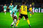 05.11.2019, Signal Iduna Park, Dortmund , GER, Champions League, Gruppenphase, Borussia Dortmund vs Inter Mailand, UEFA REGULATIONS PROHIBIT ANY USE OF PHOTOGRAPHS AS IMAGE SEQUENCES AND/OR QUASI-VIDEO<br /> <br /> im Bild | picture shows:<br /> Mats Hummels (Borussia Dortmund #15) klaert den Ball vor Romelu Lukaku (Inter #9), <br /> <br /> Foto © nordphoto / Rauch