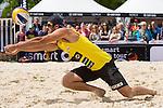 09.05.2015, Muenster, Schlossplatz<br /> smart beach tour, Supercup MŸnster / Muenster, Hauptfeld<br /> <br /> Annahme Todd Rogers<br /> <br />   Foto &copy; nordphoto / Kurth
