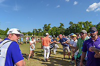 Billy Horschel (USA) high fives fans enroute to the 18th tee during Round 4 of the Zurich Classic of New Orl, TPC Louisiana, Avondale, Louisiana, USA. 4/29/2018.<br /> Picture: Golffile | Ken Murray<br /> <br /> <br /> All photo usage must carry mandatory copyright credit (&copy; Golffile | Ken Murray)