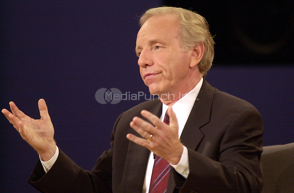Democratic Vice Presidential Candidate United States Senator Joseph Lieberman (Democrat of Connecticut) pleads his point to the TV cameras  during the VP debate at Centre College in Danville, Kentucky against Richard B. Cheney Thursday October 5, 2000. <br /> Credit: John Simpson - Pool via CNP/MediaPunch