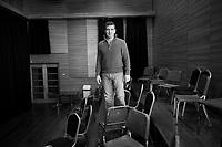 Uruguay / Montevideo / 2017<br /> Julio Bocca. Sesi&oacute;n de fotos en el Auditorio Nacional del SODRE. Bocca es actualmente (desde 2010) el director del Ballet Nacional del SODRE (BNS). Montevideo, 06/06/2017.<br /> Foto: Ricardo Ant&uacute;nez / adhocFOTOS