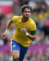 Olympia 2012 London  Fussball  Maenner   29.07.2012 Brasilien - Weissrussland Jubel nach dem Tor zum 1:1 ALEXANDRE PATO (Brasilien)