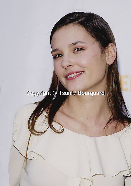 Nov 18, 2000; Los Angeles, CA, USA; <br /> L'Oreal Sponsor the Ovarian Cancer Research Fund's for a Super saturday L.A. garage sale in the Street of New York on the Paramount Lot.<br /> Virginie LeDoyen<br /> LeDoyen.Virginie.04.jpg