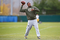 Outside linebackers coach Joey Porter of the Pittsburgh Steelers practices at the south side practice facility on November 18, 2015 in Pittsburgh, PA.