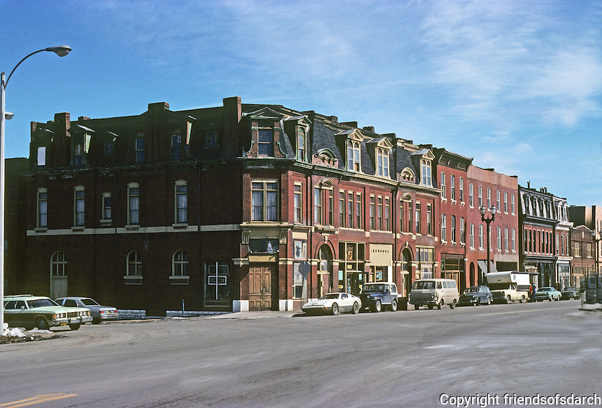 St. Louis: Corner of Park & Mississippi. Photo '77.