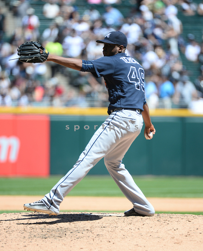 Atlanta Braves Julio Teheran (49) during a game against the Chicago White Sox on July 9, 2016 at US Cellular Field in Chicago, IL. The White Sox beat the Braves 5-4.
