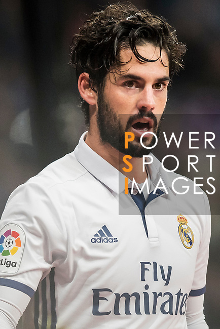 Isco of Real Madrid looks on during the La Liga match between Real Madrid and RC Deportivo La Coruna at the Santiago Bernabeu Stadium on 10 December 2016 in Madrid, Spain. Photo by Diego Gonzalez Souto / Power Sport Images