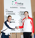 Tenis, Fed Cup 2011, play-off for group A.Slovakia Vs. Serbia, Official Draw.Dominika Cibulkova, left and Bojana Jovanovska.Bratislava, 15.04.2011..foto: Srdjan Stevanovic/Starsportphoto ©