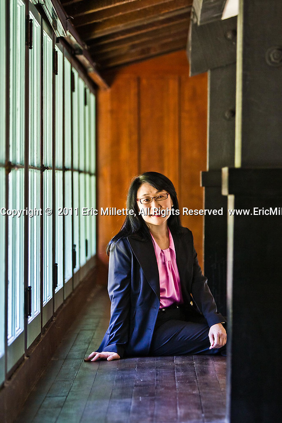 Cher Wang pictures: Executive portrait photography of Cher Wang, chairperson and co-founder of HTC by San Francisco corporate photographer Eric Millette