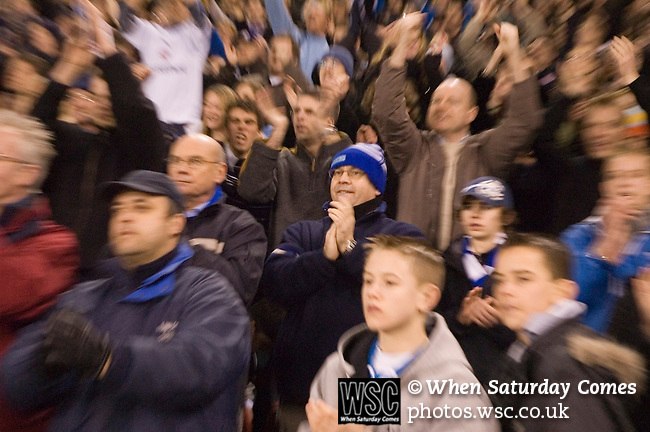 Sheffield United 1 Reading 1, 14/02/2006. Bramall Lane, Championship. Reading fans at the final whistle, with zoom blur effect. Photo by Paul Thompson.