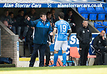 St Johnstone v Aberdeen&hellip;15.04.17     SPFL    McDiarmid Park<br />Tommy Wright gives instructions to Richie Foster<br />Picture by Graeme Hart.<br />Copyright Perthshire Picture Agency<br />Tel: 01738 623350  Mobile: 07990 594431