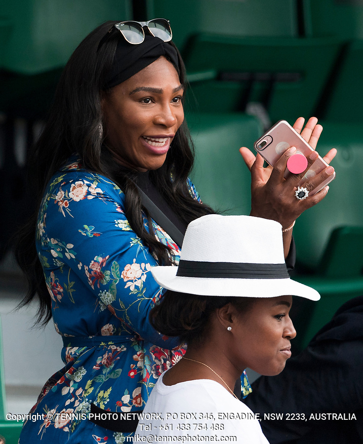 SERENA WILLIAMS (USA)<br /> <br /> TENNIS - FRENCH OPEN - ROLAND GARROS - ATP - WTA - ITF - GRAND SLAM - CHAMPIONSHIPS - PARIS - FRANCE - 2017  <br /> <br /> <br /> <br /> &copy; TENNIS PHOTO NETWORK