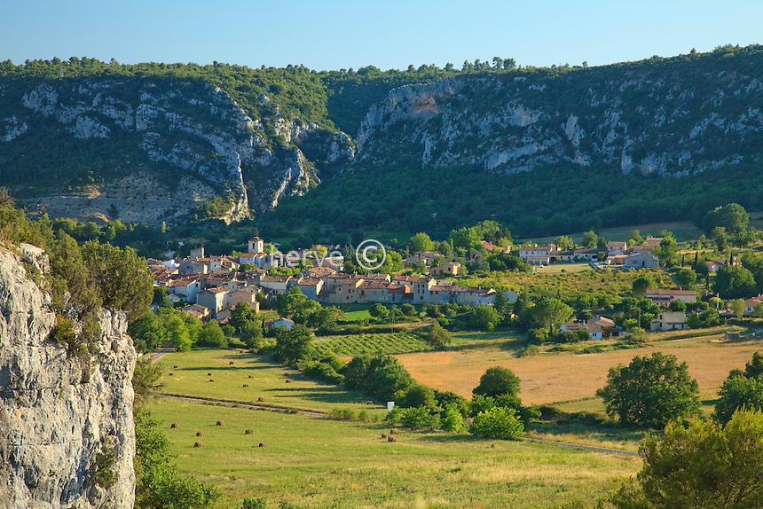 France, Alpes-de-Haute-Provence (04), parc naturel régional du Verdon, basses gorges du Verdon, Quinson // France, Alpes de Haute Provence, Parc Naturel Regional du Verdon (Natural Regional Park of Verdon), low Gorges of the Verdon river, Quinson