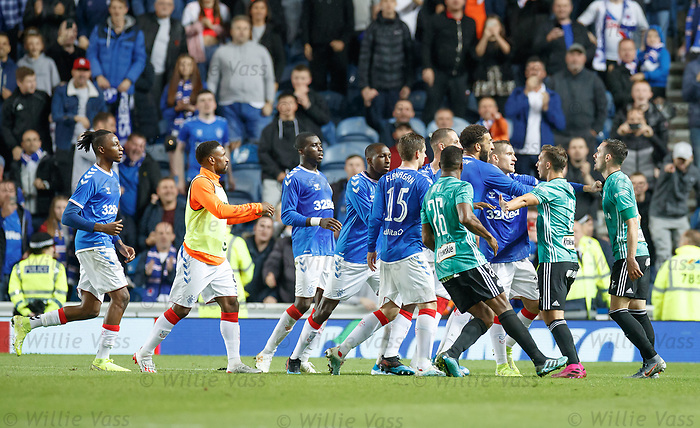 29.08.2019 Rangers v Legia Warsaw: Tempers fray at full time