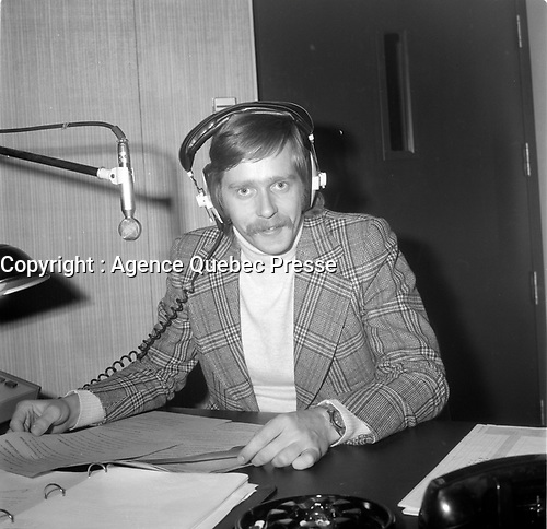 Claude Queneville, Radio-canada<br /> <br /> (date inconnue, avant 1984),<br /> <br /> Photo : Agence Quebec Presse - Roland Lachance