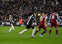 2nd November 2019; London Stadium, London, England; English Premier League Football, West Ham United versus Newcastle United; Jonjo Shelvey of Newcastle United scores his sides 3rd goal from a free kick in the 50th minute to make it 0-3