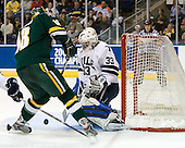 Viktor Stalberg (Vermont - 18), Alec Richards (Yale - 33) - The University of Vermont Catamounts defeated the Yale University Bulldogs 4-1 in their NCAA East Regional Semi-Final match on Friday, March 27, 2009, at the Bridgeport Arena at Harbor Yard in Bridgeport, Connecticut.