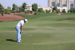Gareth Maybin takes his putt on the 8th green during Day 1 of the Dubai World Championship, Earth Course, Jumeirah Golf Estates, Dubai, 25th November 2010..(Picture Eoin Clarke/www.golffile.ie)