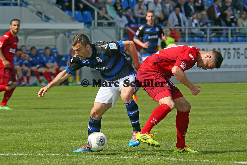 Edmond Kapllani (FSV) setzt sich durch - FSV Frankfurt vs. SC Paderborn 07, Frankfurter Volksbank Stadion