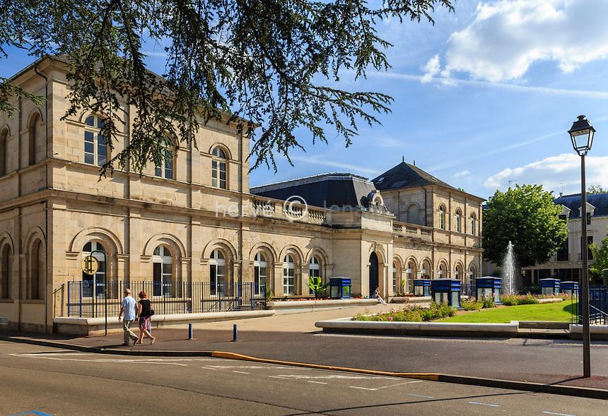 France, Allier (03), Néris-les-Bains, les Thermes // France, Allier, Neris les Bains, Baths