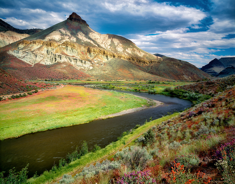 Sheep Rock, John Day Fossil Beds National Monument. Oregon.