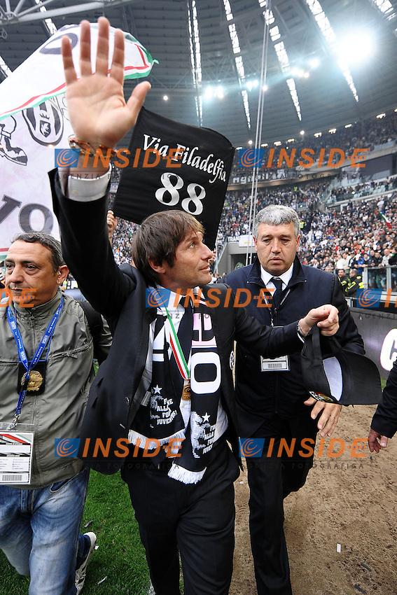 Antonio Conte esultanza.Torino 13/05/2012 Juventus Stadium.Football Calcio 2011/2012 Serie A.Festeggiamenti Juventus Campione d'Italia.Juventus celebration for Serie A victory.Foto Insidefoto Andrea Staccioli