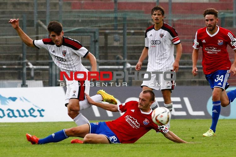 02.05.2015, Alpenbauer Sportpark, Unterhaching, GER, RL-Sued, SpVgg Unterhaching vs. FC Ingolstadt II, im Bild Marcel Schiller (FC Ingolstadt II #19), Alexander Piller (SpVgg Unterhaching #19), Marcel Hagmann (FC Ingolstadt II #23) und Sebastian Wiesboeck (Wiesb?ck) (SpVgg Unterhaching #34) <br /> / Foto &copy; nordphoto / RMG