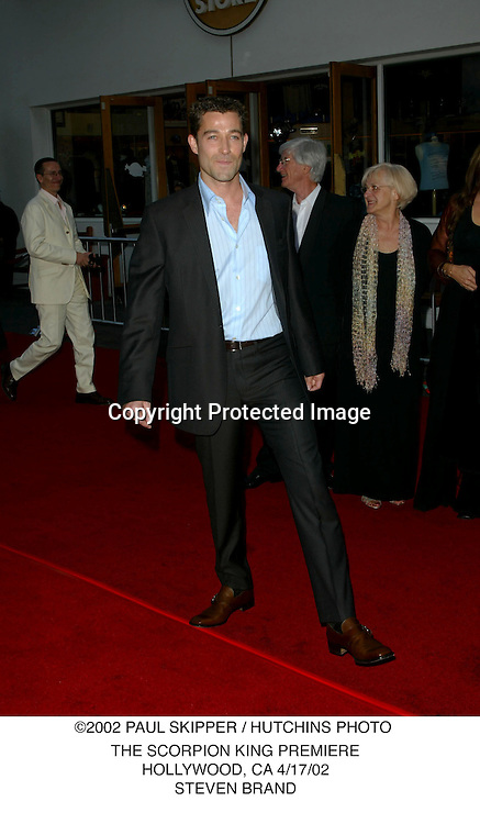 ©2002 KATHY HUTCHINS / HUTCHINS PHOTO.THE SCORPION KING PREMIERE.HOLLYWOOD, CA 4/17/02.STEVEN BRAND