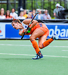 Den Bosch  -  Frederique Matla (Ned) brengt de stand op 1-0  tijdens  de Pro League hockeywedstrijd dames, Nederland-Belgie (2-0).    COPYRIGHT KOEN SUYK