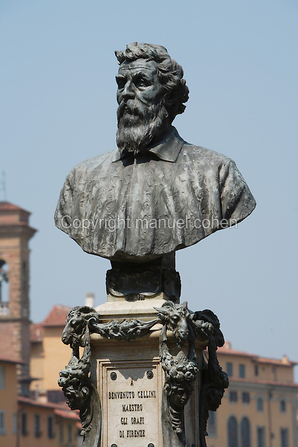 Low angle view of bust of Benvenuto Cellini, 1901, by Raffaello Romanelli (1856-1928), Ponte Vecchio, Florence, Tuscany, Italy, pictured on June 10, 2007, in the morning. Benvenuto Cellini (1500-71), was a Florentine goldsmith, sculptor, musician, soldier and author. Florence, capital of Tuscany, is world famous for its Renaissance art and architecture. Its historical centre was declared a UNESCO World Heritage Site in 1982. Picture by Manuel Cohen.