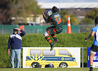 Pakuranga's Hawaii Ahokovi goes up for the ball during the Auckland Premier club rugby Alan McEvoy Trophy match between Pakuranga and Grammar TEC at Bell Park in Auckland, New Zealand on Saturday, 9 June 2018. Photo: Dave Lintott / lintottphoto.co.nz