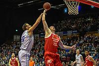 GRONINGEN - Basketbal, Donar - Feyenoord, Dutch Basketball League, seizoen 2018-2019, 16-02-2019, Donar speler Drago Pasalic met Feyenoord speler Robert Krabbendam